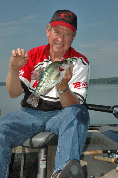 Pickwick dam tennessee heaven for fishermen with roger for Pickwick fishing report