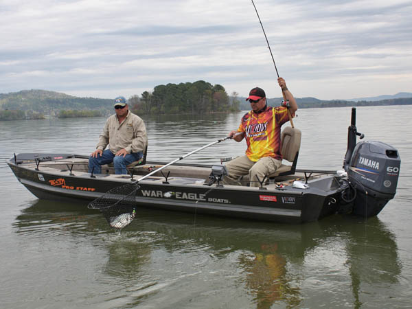 Better ways to find and catch hot weather crappie with for Crappie fishing boats