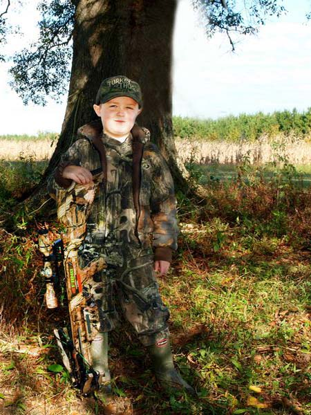 """Deer Hunting with Your Family with Ronnie """"Cuz"""" Strickland"""